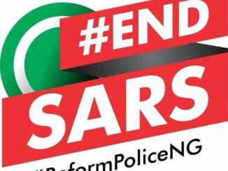 Le gouvernement fédéral du Nigeria a dissout dimanche une unité de la police, après une forte mobilisation des jeunes et des artistes à travers tout le pays et à l'étranger. Baptisée SARS cette brigade est accusée d'extorsion de la population, d'arrestations illégales, de torture et même de meurtre.