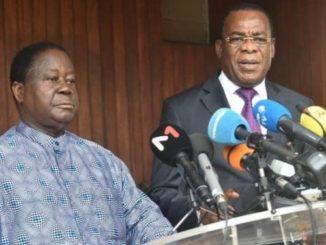Henri Konan Bédié et Affi N'Guessan, lors de l'appel au boycott actif, le vendredi 16 octobre 2020.